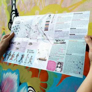 Particolare della mappa con camminate all'insegna della street art